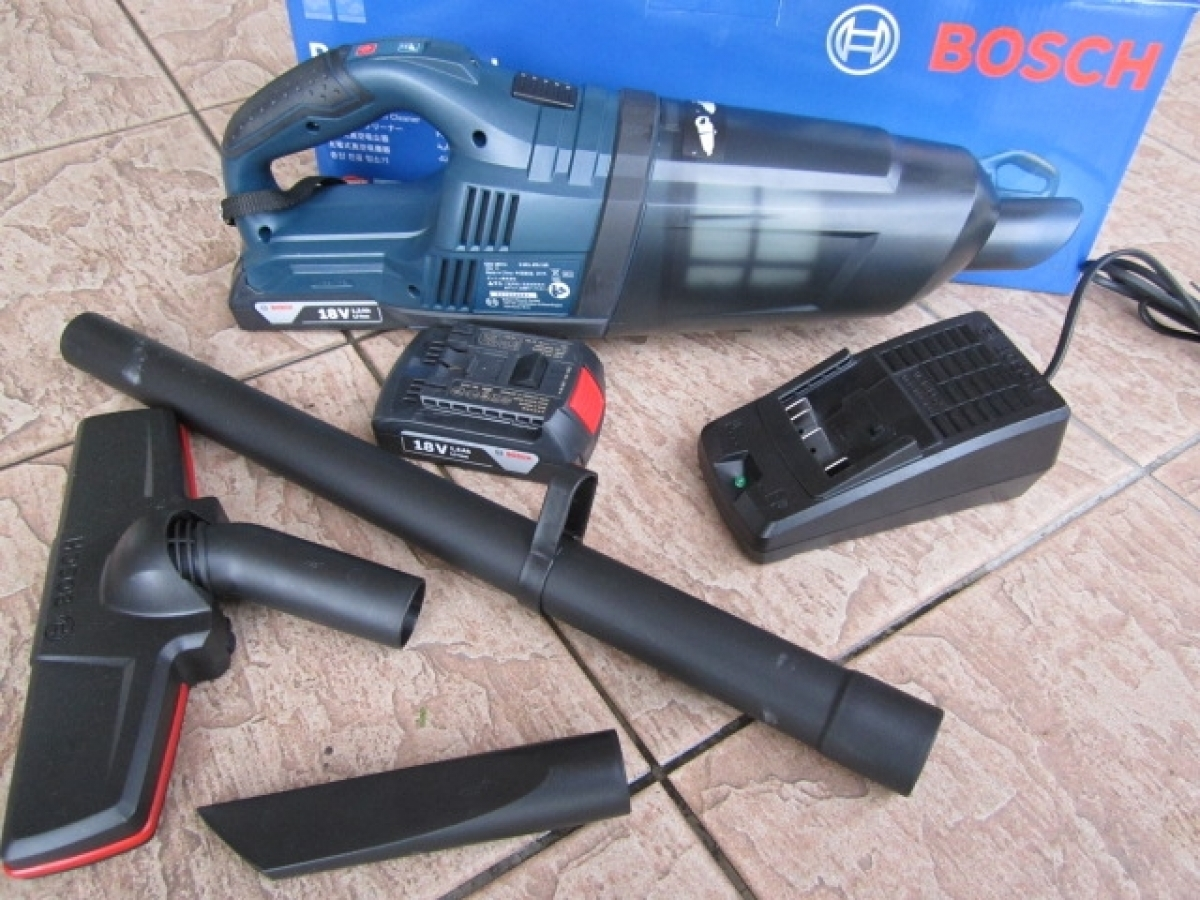 bosch gas 18v li 2 cordless vacuum cleaner set my power tools. Black Bedroom Furniture Sets. Home Design Ideas