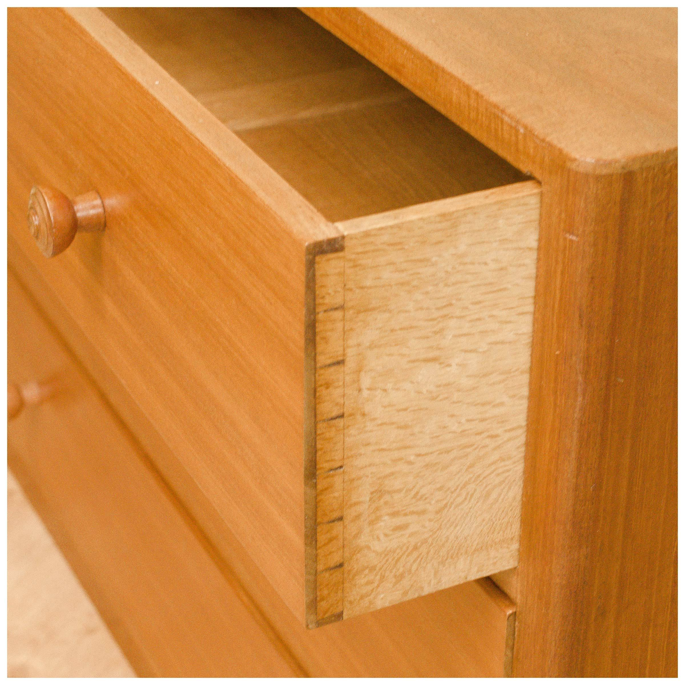 cotswold-school-arts-crafts-walnut-chest-of-drawers-by-gordon-russell-b0019847j.jpg