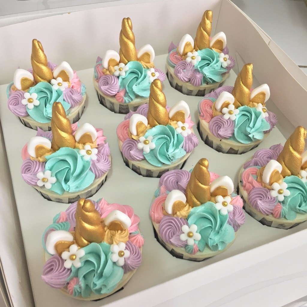 Baby Shower Cake Toppers Amazon