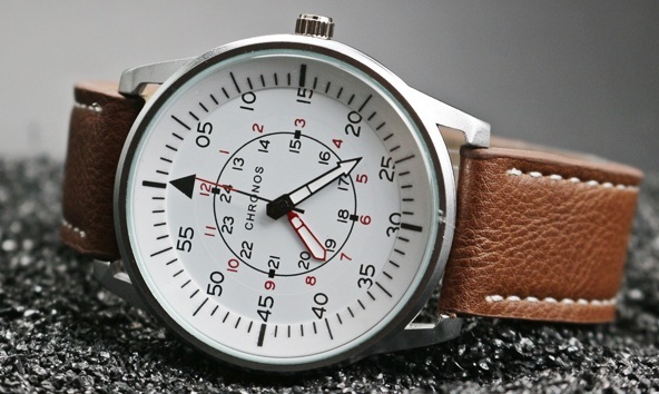 Pilot Chronos Leather Watches White 2.jpg