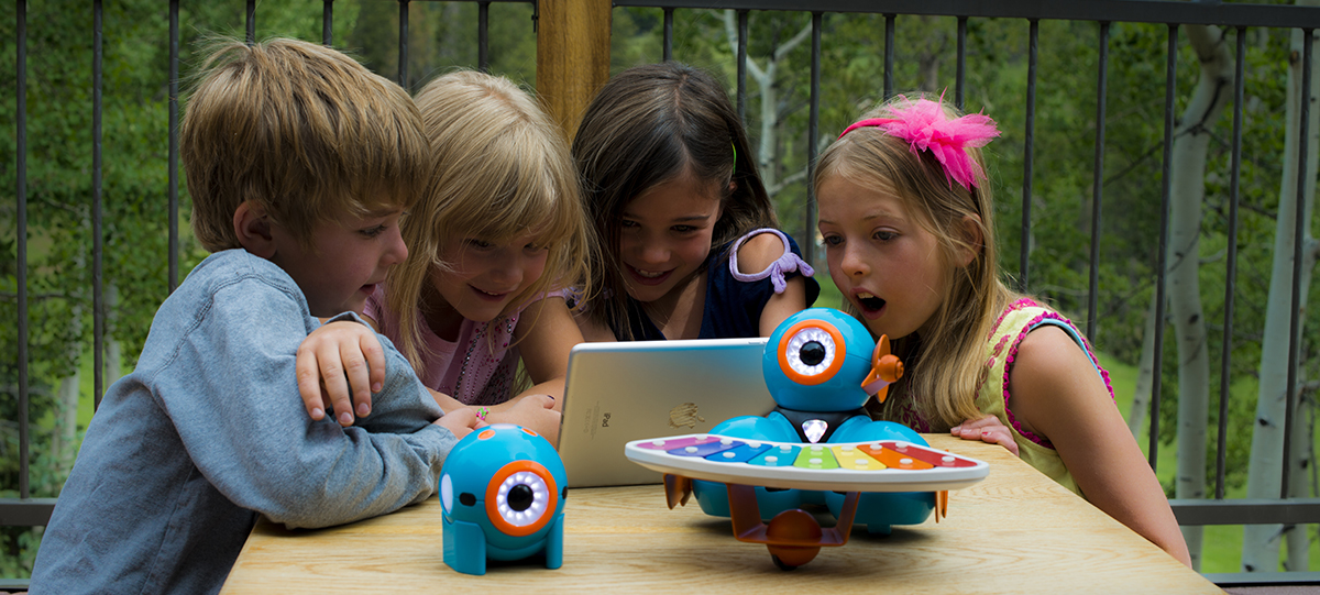 Meed Dash and Dot