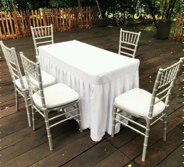 ROM Table And Chairs Rental Set B