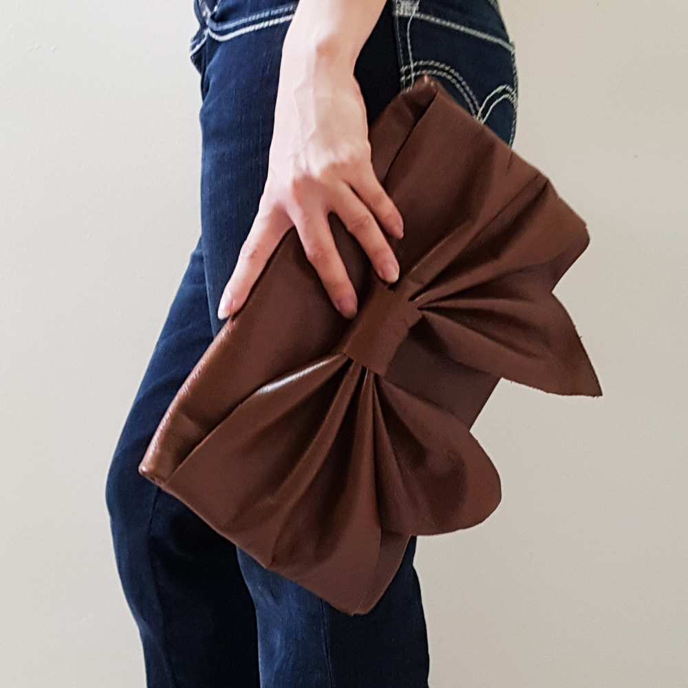 Leather Bow clutch B.jpg