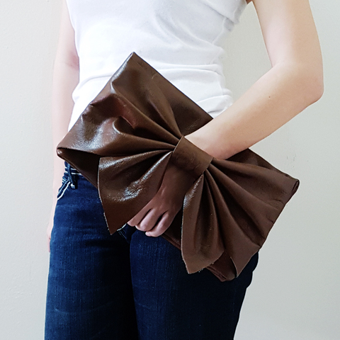 Leather Bow clutch A.jpg