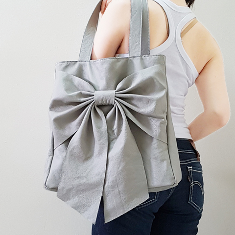 QT Leather Tote Bag E.jpg
