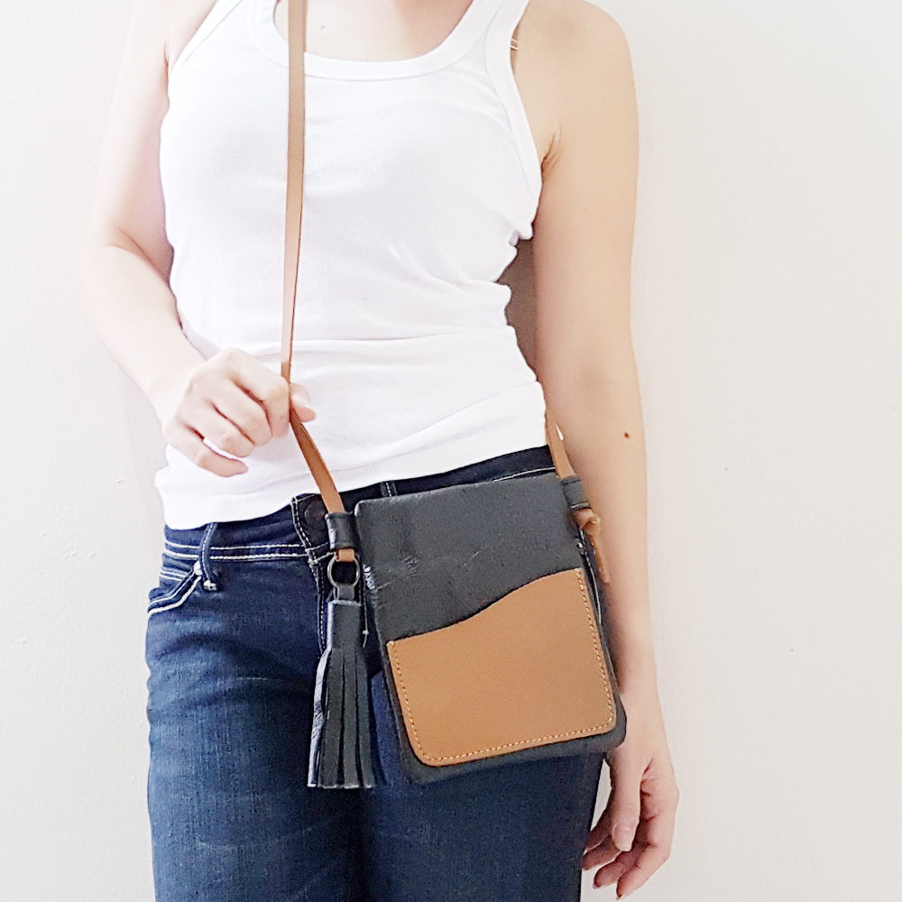 Leather Sling Bag G.jpg