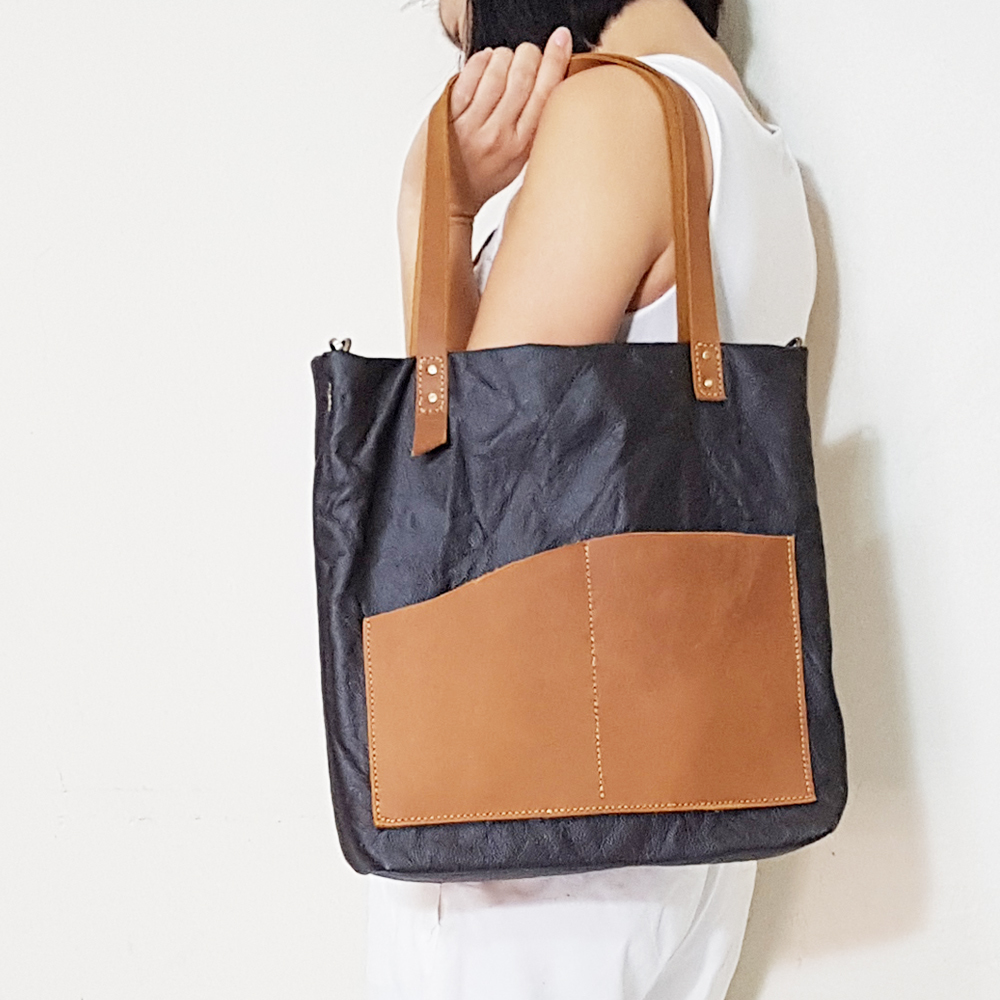 Leather Tote Bag F.jpg