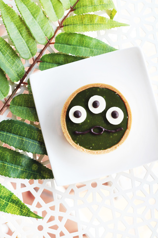 monster green tea tart.jpg
