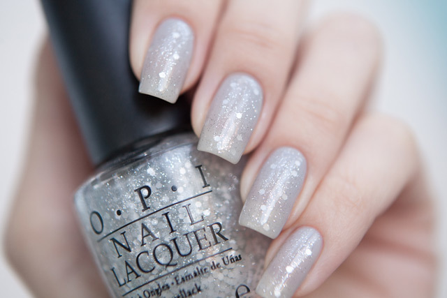 OPI_Pirouette_My_Whistle_3.jpg