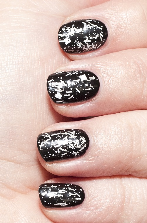 OPI_Ill_Tinsel_You_In_06.jpg