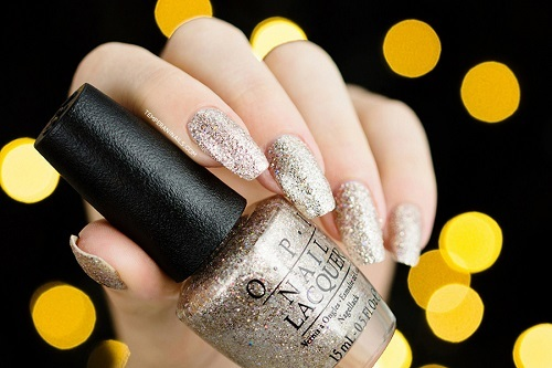 OPI-Ce-less-tial-is-More1.jpg