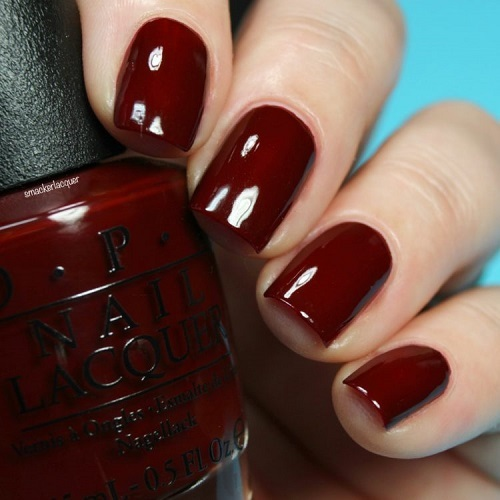 OPI-Breakfast-at-Tiffanys-Cant-Read-Without-My-Lipstick-smackerlacquer-750x750.jpg
