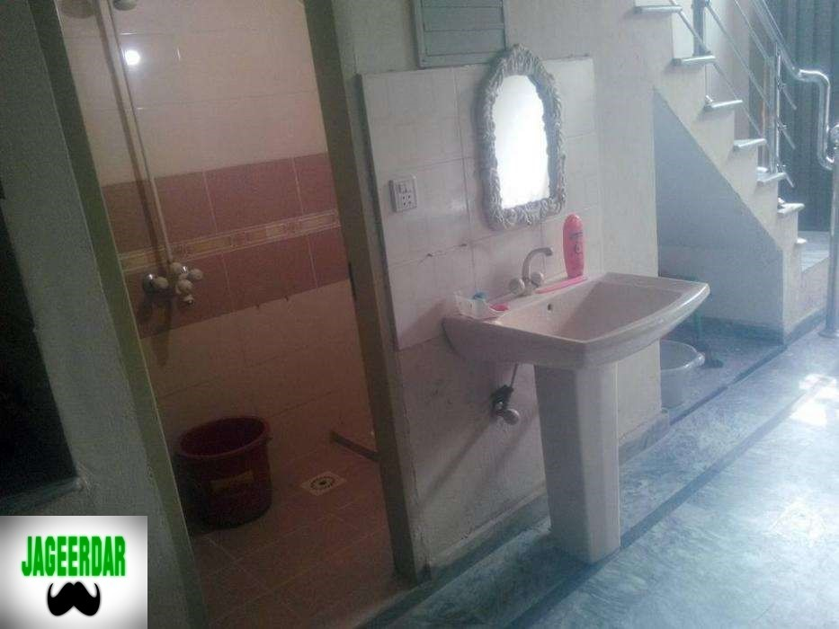 For Sale 4 75 Marla House With Marble Tile In Kachi