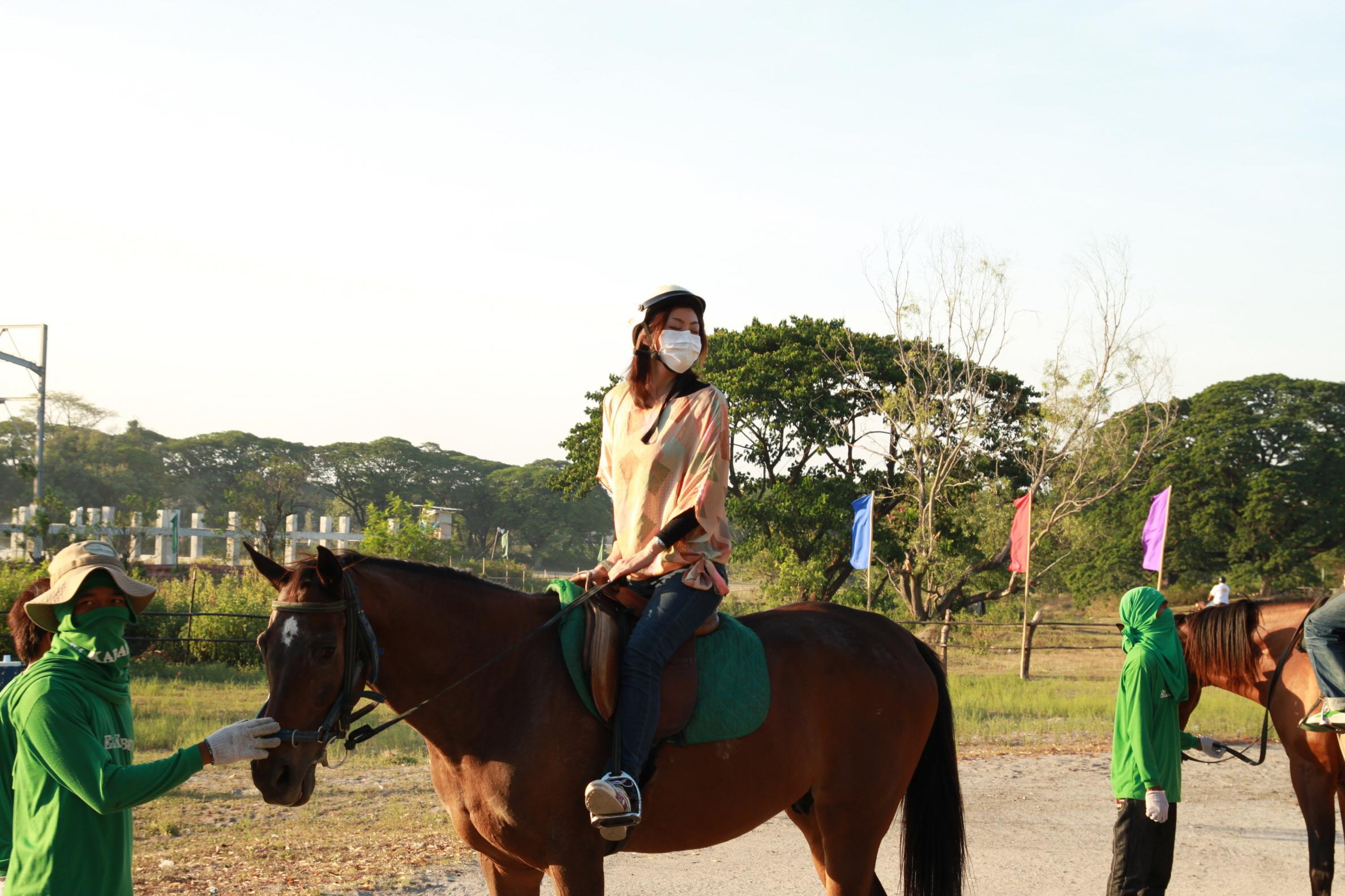 騎馬-Clark