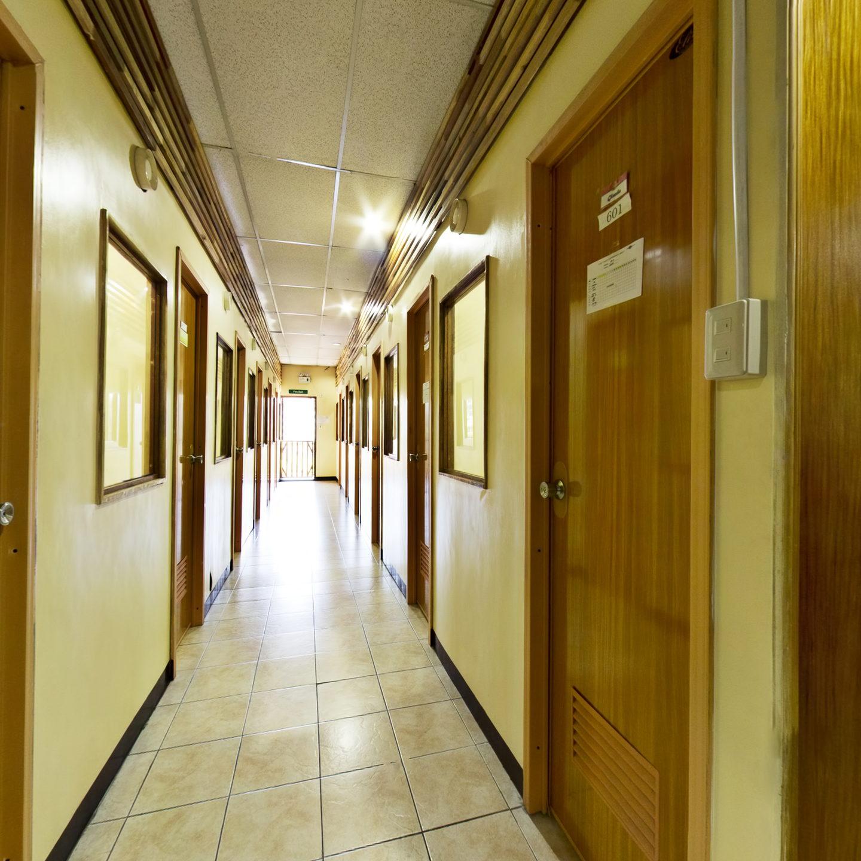 教室走廊- HELP學校Martin