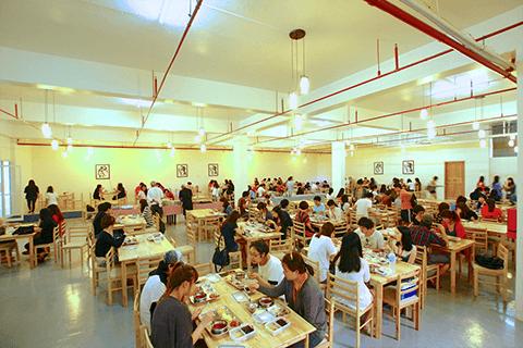 學生餐廳-SMEAG 語言學校