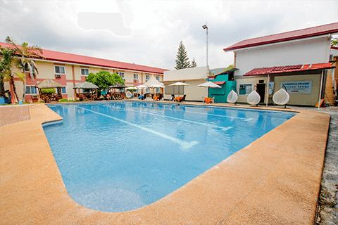 游泳池-SMEAG 語言學校