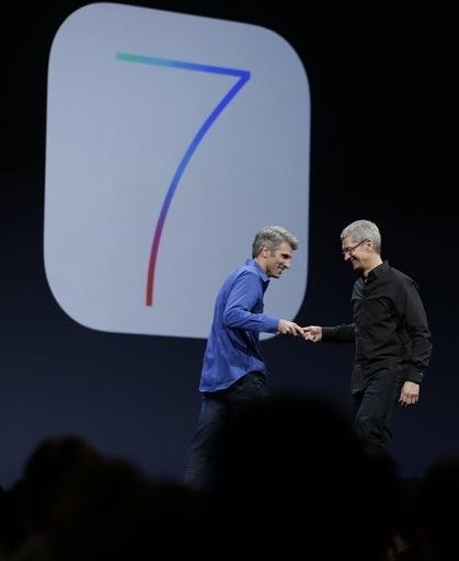 61508221d5a NEW YORK (AP) — Apple says it has hired Paul Deneve, the CEO of high-end  fashion brand Yves Saint Laurent, to work on special projects reporting to  CEO Tim ...