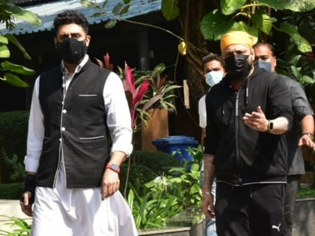 Producer Bunty Walia S Father Breathes His Last Abhishek Bachchan Attends Funeral The latest tweets from bunty s walia (@bunty_walia). last abhishek bachchan attends funeral