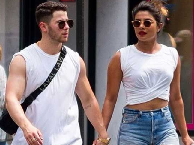 Priyanka Chopra S Engagement Ring Given By Nick Jonas Costs Rs 1 4