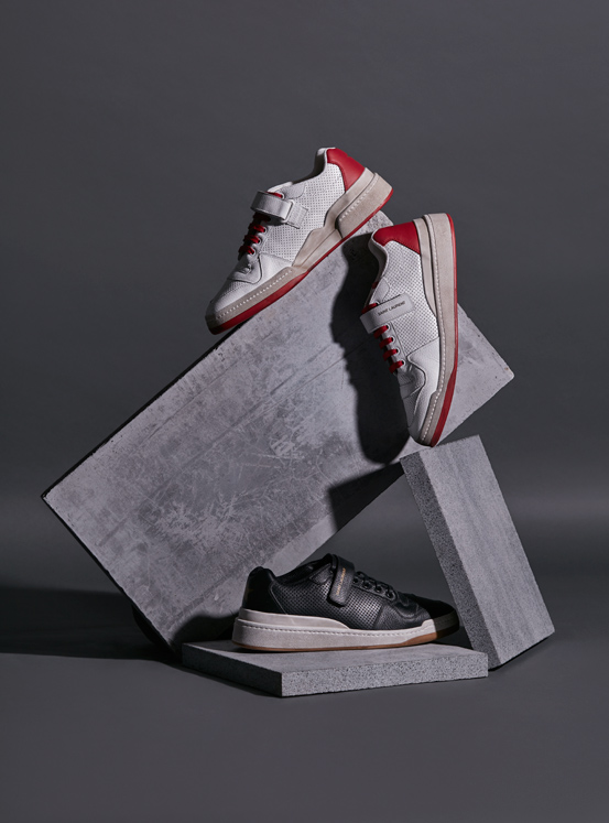 The Saint Laurent sneakers and bag you