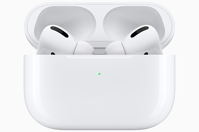 https://s3-ap-southeast-1.amazonaws.com/esquire-sg/wp-content/uploads/2019/10/31181000/Apple_AirPods-Pro_New-Design-Case-And-AirPods-Pro.jpg