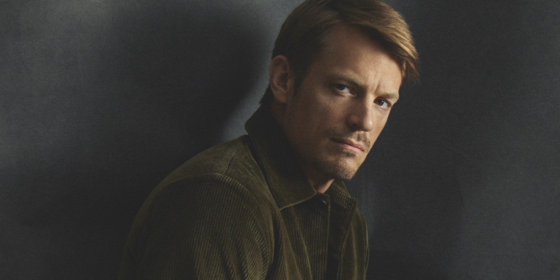 Joel Kinnaman for Esquire Singapore: Watch the behind-the-scenes video of the December cover shoot