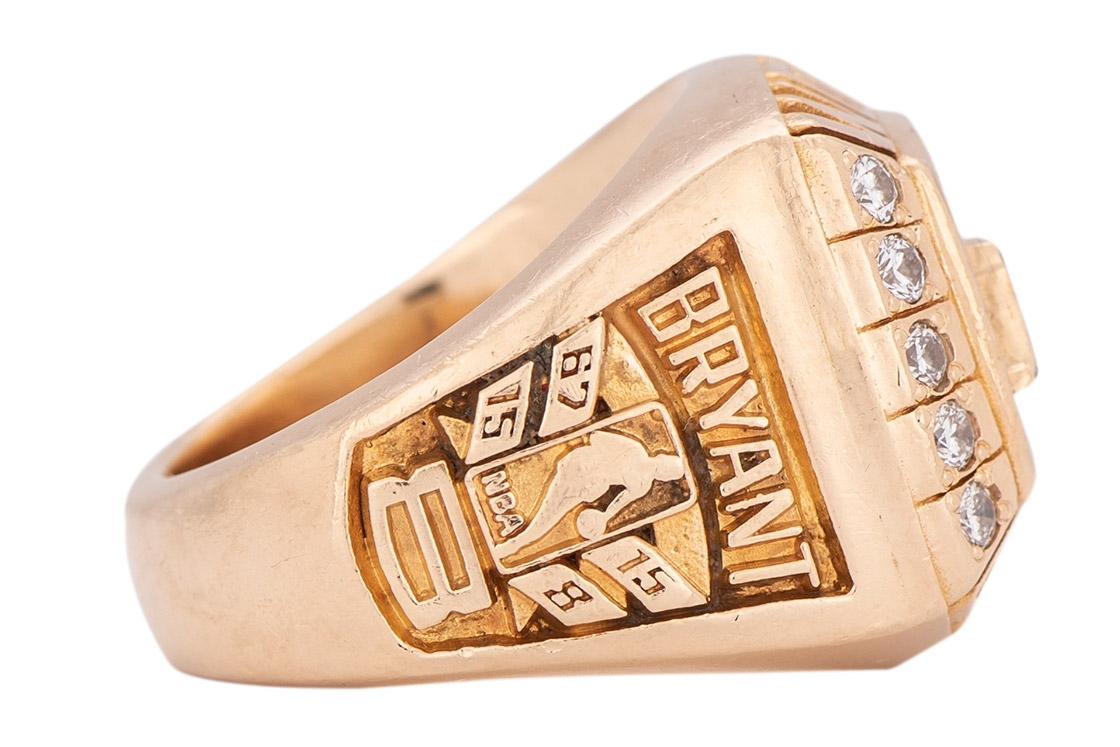 Opportunity Cost Kobe Bryant S Nba Championship Ring And Other Ways To Spend Sgd293 000 Esquire Sg