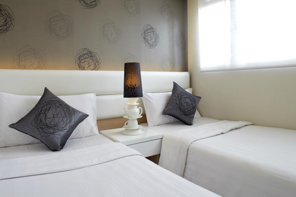 Modern Twin Room
