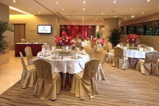 Empire Grand Room - Banquet Set-up