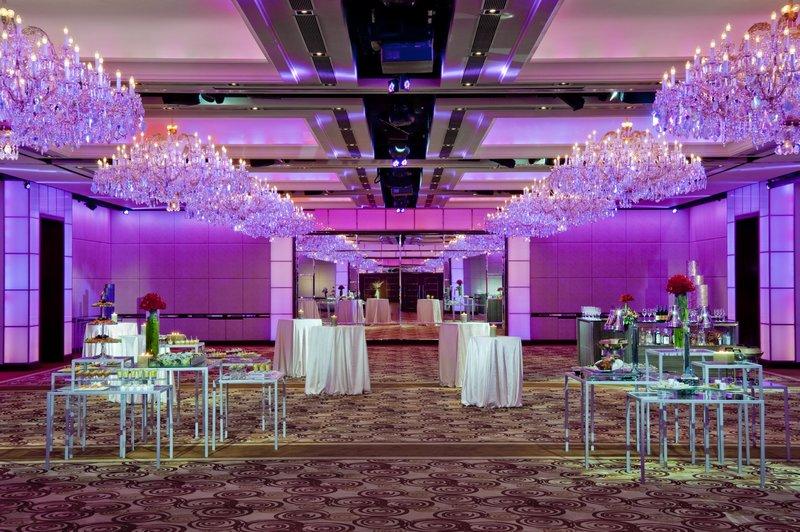 Crystal Ballroom - Cocktail Set-up