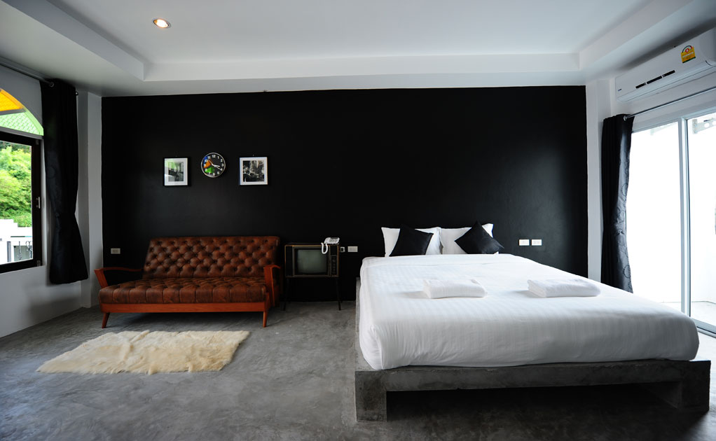 Black & White Room