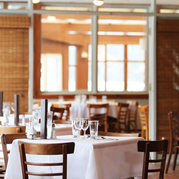 5 Simple, Sustainable Solutions to Managing your Restaurant's Cash Flow Problems