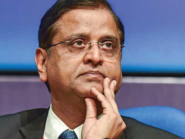 Fiscal deficit deviation is not worthy of notice: Garg