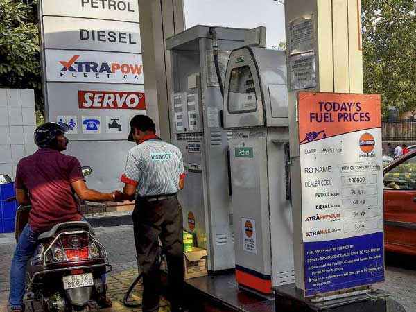 Govt may not burden OMCs further with fuel subsidy