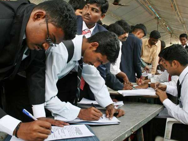 Hiring sentiments likely to decline in Oct-March