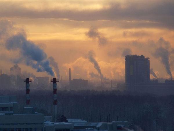 Pollution in Delhi reaches critical levels