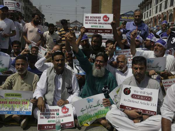 Protests in J&K as SC hears PILs against Article 35A