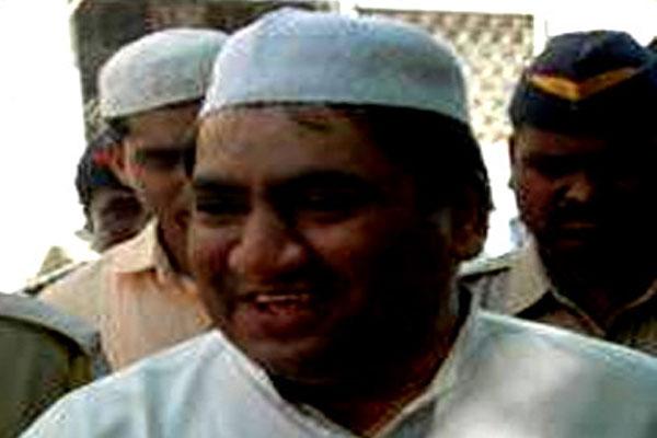 Stamp scamster  Abdul Karim Telgi dead