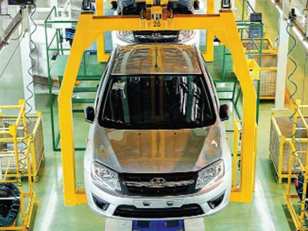 Tepid demand forces carmakers to slash production 21%