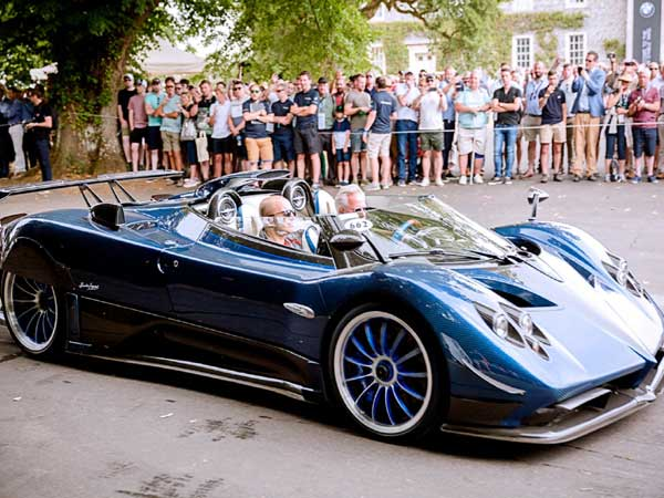 This Rs 120-crore Zonda HP Barchetta is the world's most expensive car