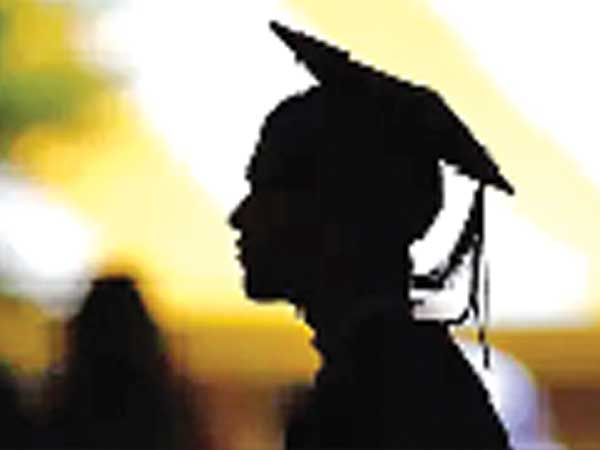 Top tech firms pay pittance to fresh grads