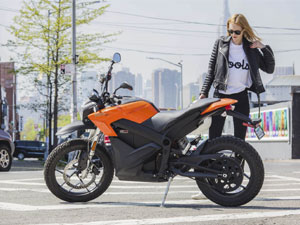 Electric Zero DS ZF6.5 is the Tesla Model 3 of motorcycles