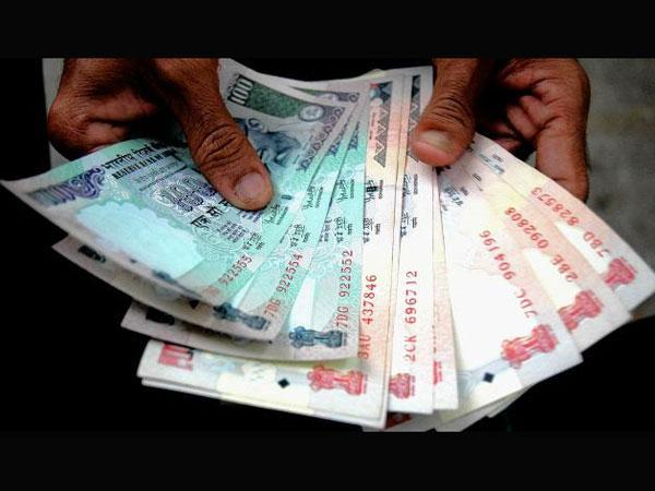 Transactions through cards up 7% after demonetistion