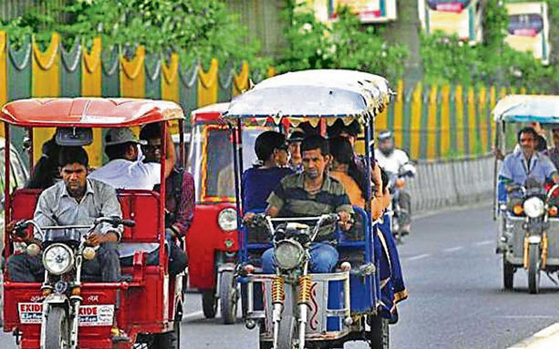 Rickshaws set to all-electric drive in India