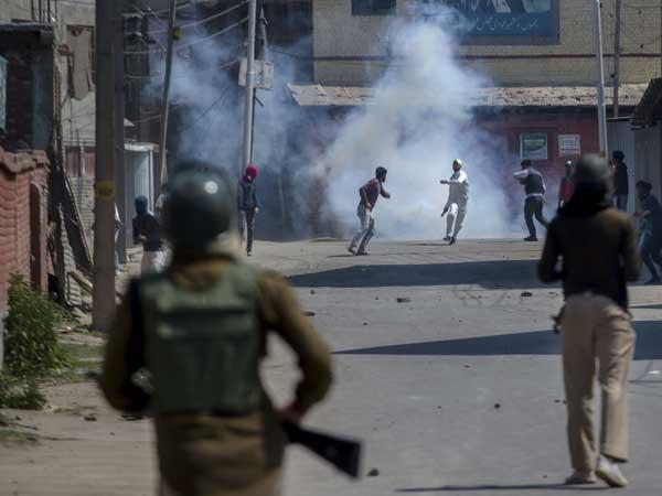 J&K on edge: 12 ultras, 3 jawans, 4 civilians dead in a day