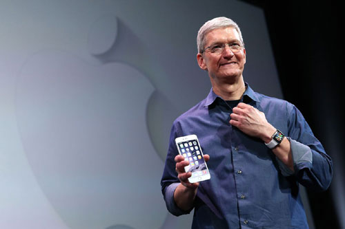 Internet must have security & humanity, Tim Cook tells China