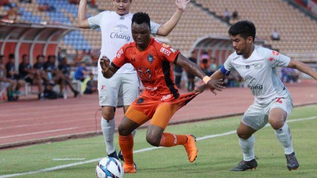 นครราชสีมา มาสด้า 0-1 ชลบุรี เอฟซี