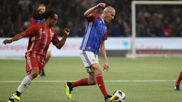 ฝรั่งเศส 98 3-2 ฟีฟ่าออลสตาร์ 98
