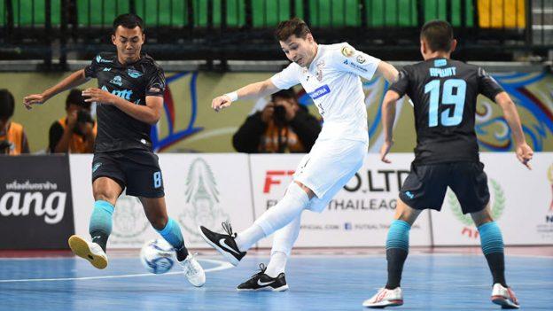 พีทีที บลูเวฟ ชลบุรี 2-3 คาร์ลอส บาร์โบซ่า